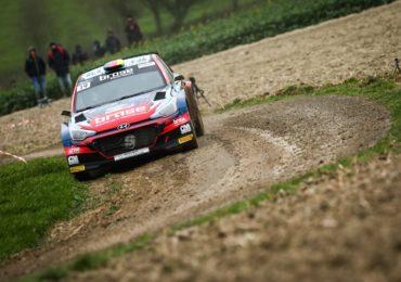 Debüt Nr. 2: Dinkel/Fürst im Hyundai auf französischem Schotter
